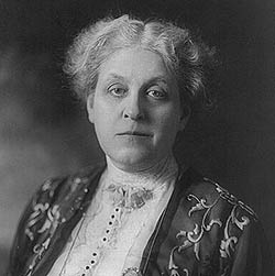 alice paul v carrie chapman catt essay College of charleston: essay  and strategies employed to realize the goals of the nawsa as led by carrie chapman catt  union led by alice paul.